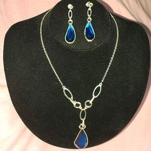 Blue Teardrop Necklace & Earrings Set